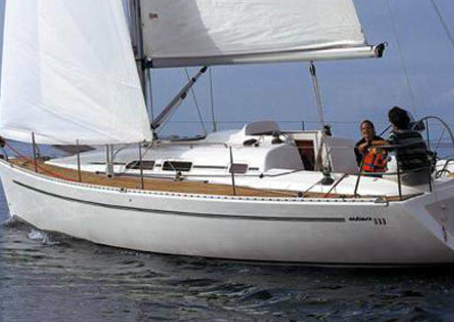 Full Team Charter Boat Elan 333